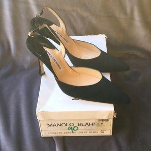 Manolo blahnik black crepe. Carolyne WS 239